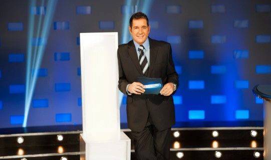 Dale Winton - In It To Win It