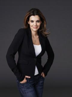 Dr Linda Papadopoulos